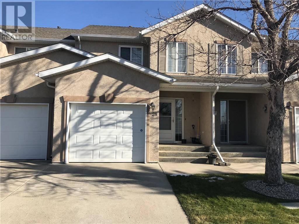 Townhouse for sale at 545 Highlands Blvd W Unit 28 Lethbridge Alberta - MLS: ld0183144
