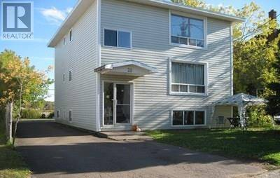 Townhouse for sale at 28 Bishop St Moncton New Brunswick - MLS: M126234