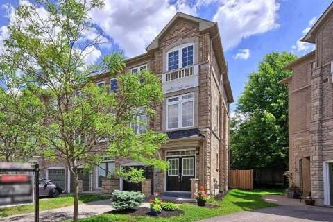 Townhouse for sale at 28 Burgon Pl Aurora Ontario - MLS: N4809397