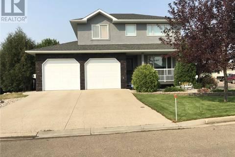 House for sale at 28 Campbell Cres Weyburn Saskatchewan - MLS: SK799515