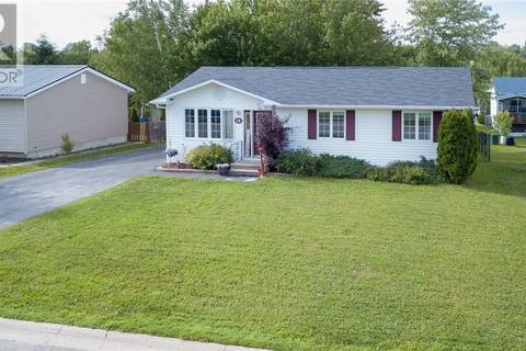 House for sale at 28 Chatham Ave Oromocto New Brunswick - MLS: NB027952