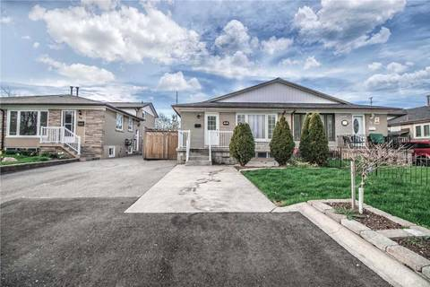Townhouse for sale at 28 Chatsworth Dr Brampton Ontario - MLS: W4445632