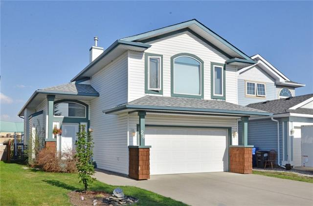 For Sale: 28 Cimarron Meadows Way, Okotoks, AB | 4 Bed, 3 Bath House for $394,900. See 39 photos!