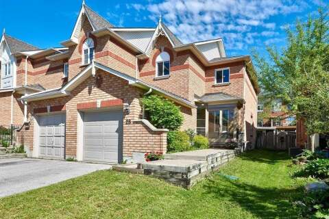 Townhouse for sale at 28 Drake Dr Barrie Ontario - MLS: S4777936