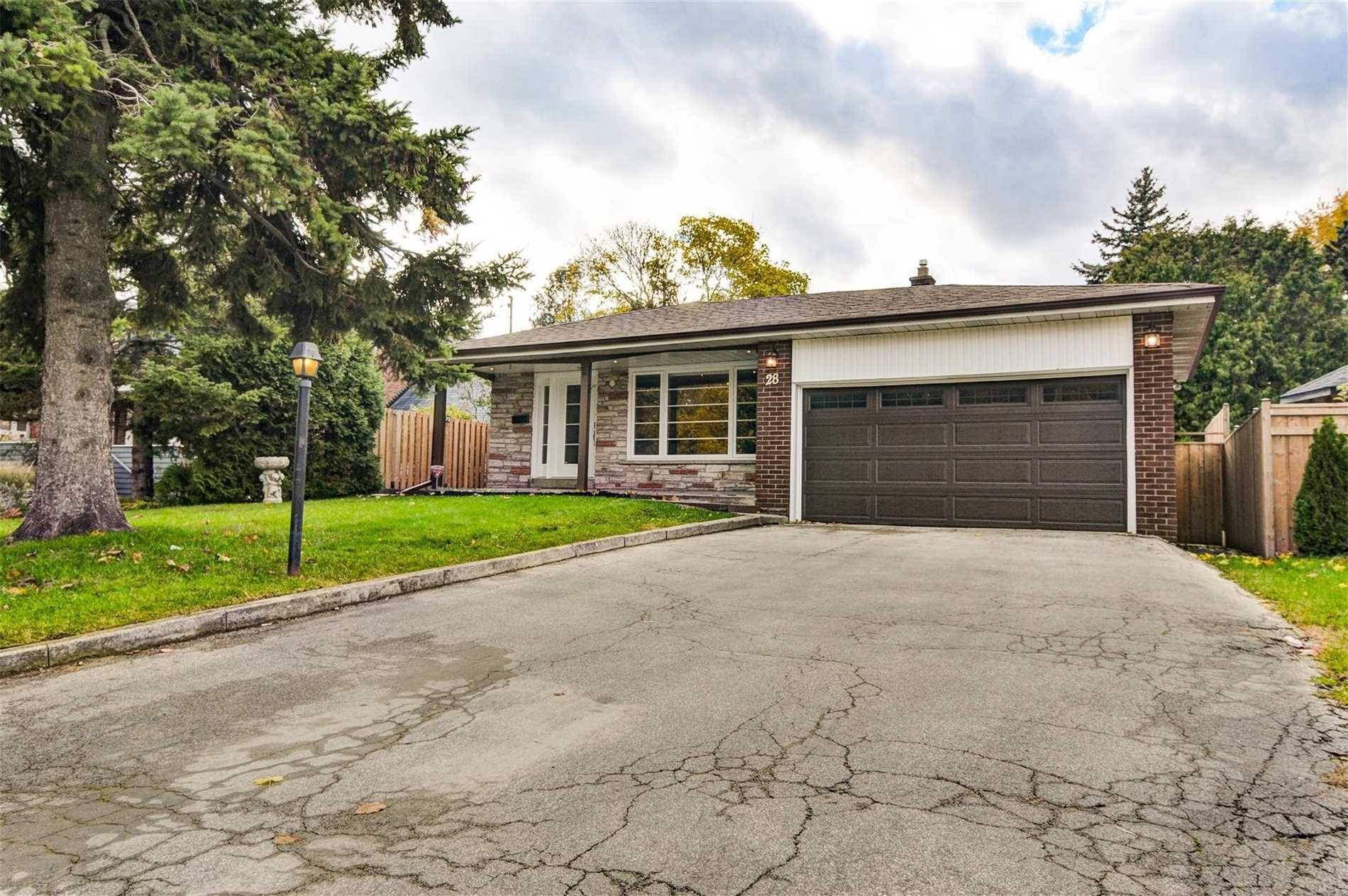 House for sale at 28 Fenwood Hts Toronto Ontario - MLS: E4414628
