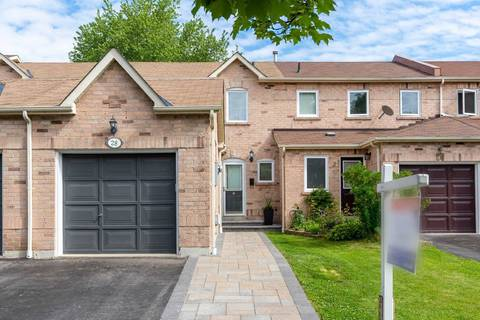Townhouse for sale at 28 Gates Cres Ajax Ontario - MLS: E4490818