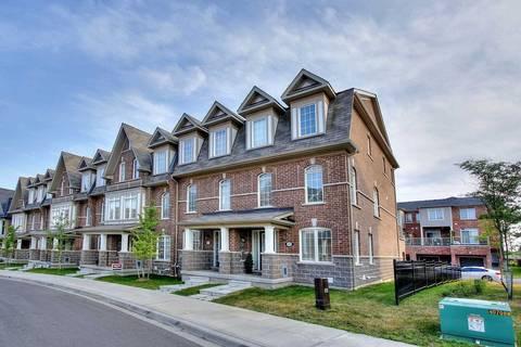 Townhouse for sale at 28 Graywardine Ln Ajax Ontario - MLS: E4549305