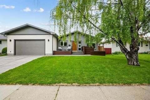 House for sale at 28 Haysboro Cres Southwest Calgary Alberta - MLS: C4302903