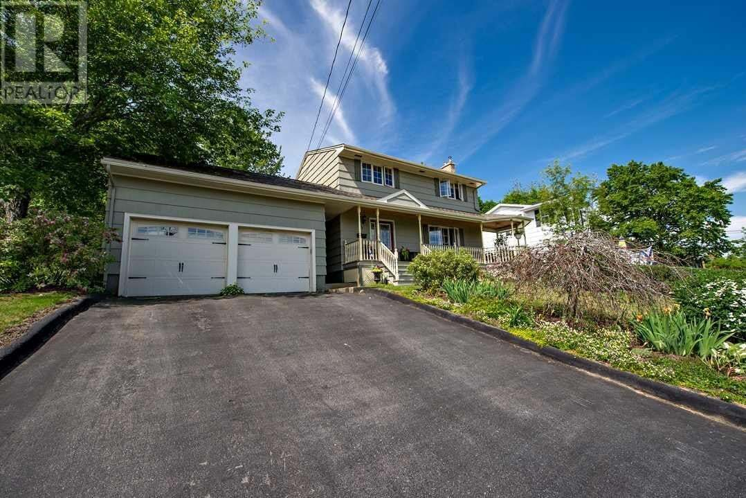 House for sale at 28 Lorne Ave Dartmouth Nova Scotia - MLS: 202011407