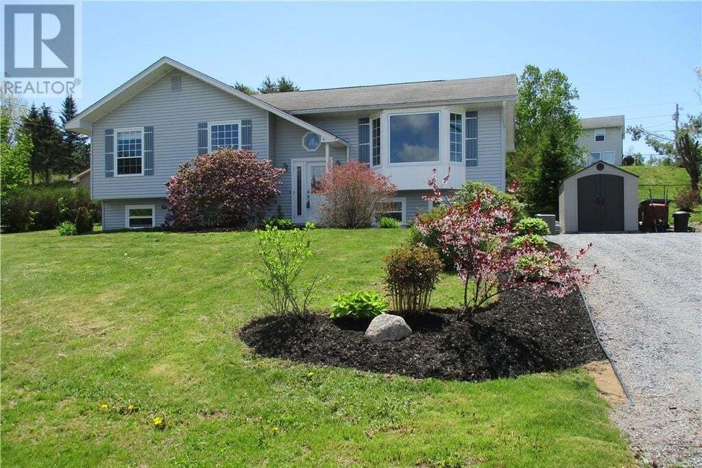 House for sale at 28 Majestic Dr Grand Bay-westfield New Brunswick - MLS: NB043708