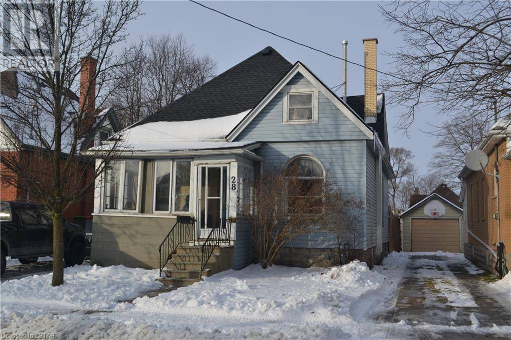 House for sale at 28 Maple St St. Thomas Ontario - MLS: 241299