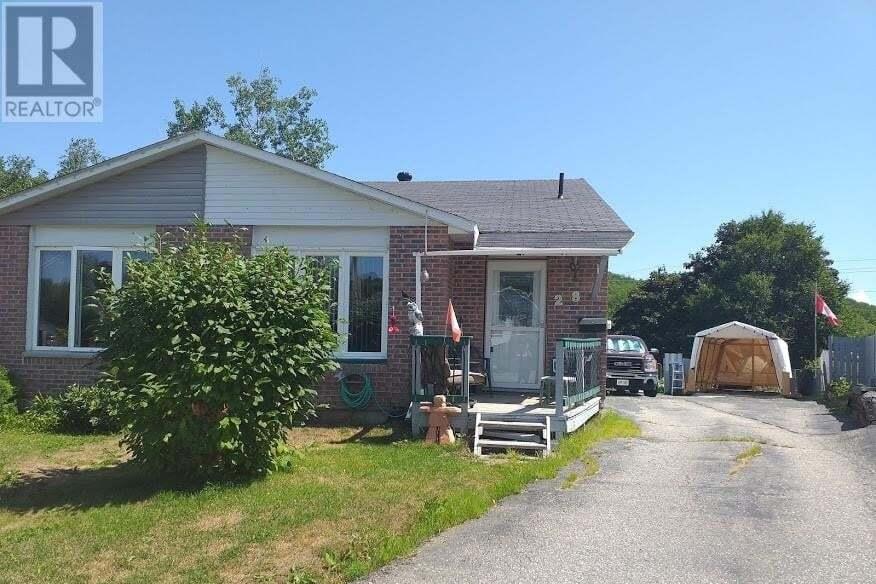 House for sale at 28 Mcquarrie Pl Elliot Lake Ontario - MLS: 2087733