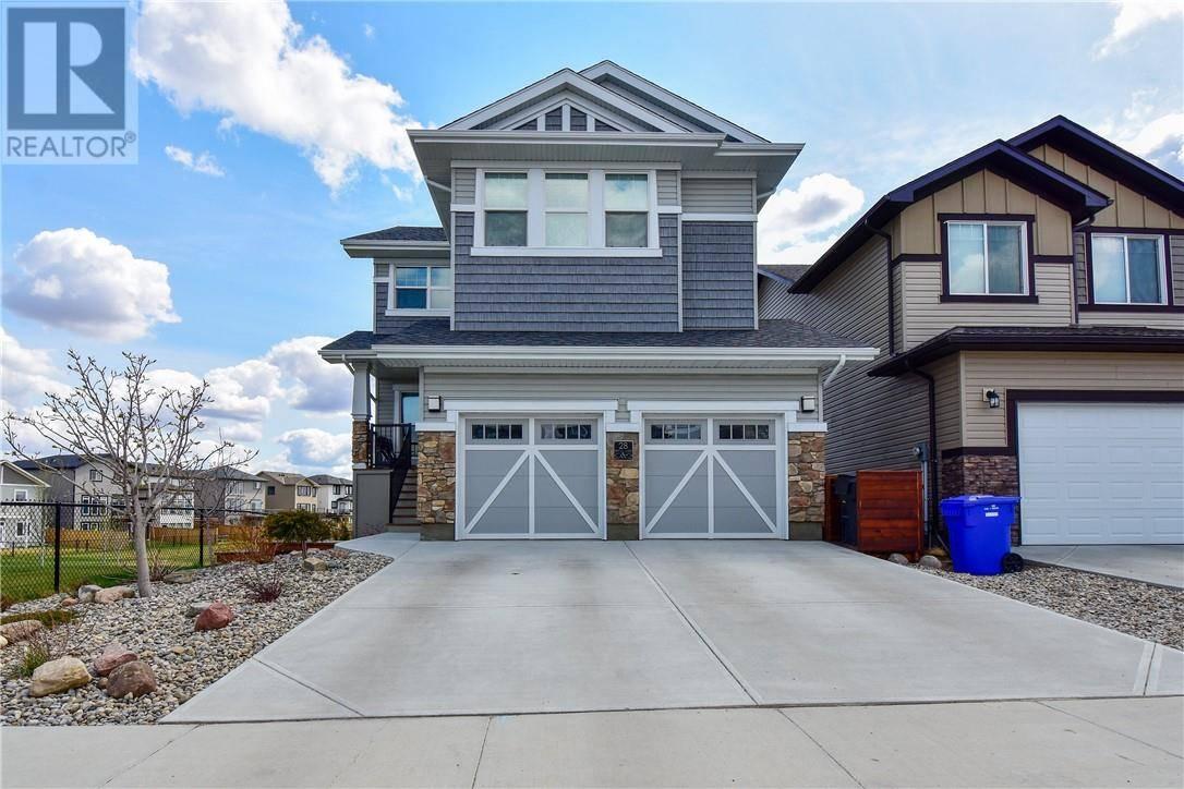 House for sale at 28 Moonlight Blvd W Lethbridge Alberta - MLS: ld0185634