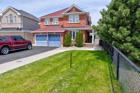 House for sale at 28 Oak Gardens Ct Brampton Ontario - MLS: W4574806