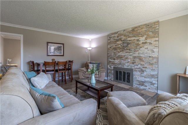 Sold: 28 Oakridge Avenue, St Catharines, ON