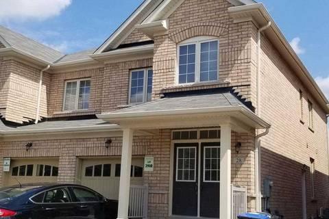 Townhouse for sale at 28 Orangeblossom Tr Brampton Ontario - MLS: W4583588
