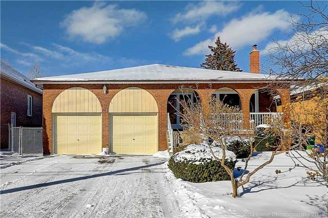 For Sale: 28 Oxford Street, Richmond Hill, ON | 4 Bed, 3 Bath House for $1,548,000. See 20 photos!