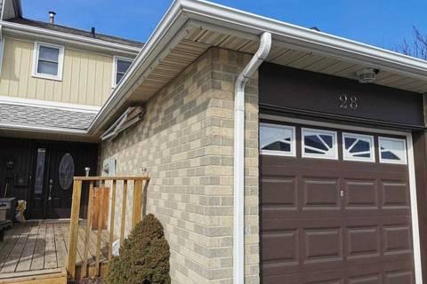 Townhouse for sale at 28 Primrose Cres Brampton Ontario - MLS: W4700483