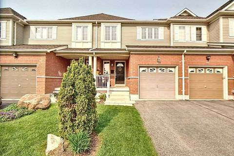 Townhouse for sale at 28 Rich Cres Whitby Ontario - MLS: E4472221