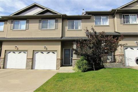 Townhouse for sale at 28 Rockyvalley Villa(s) Northwest Calgary Alberta - MLS: C4266111