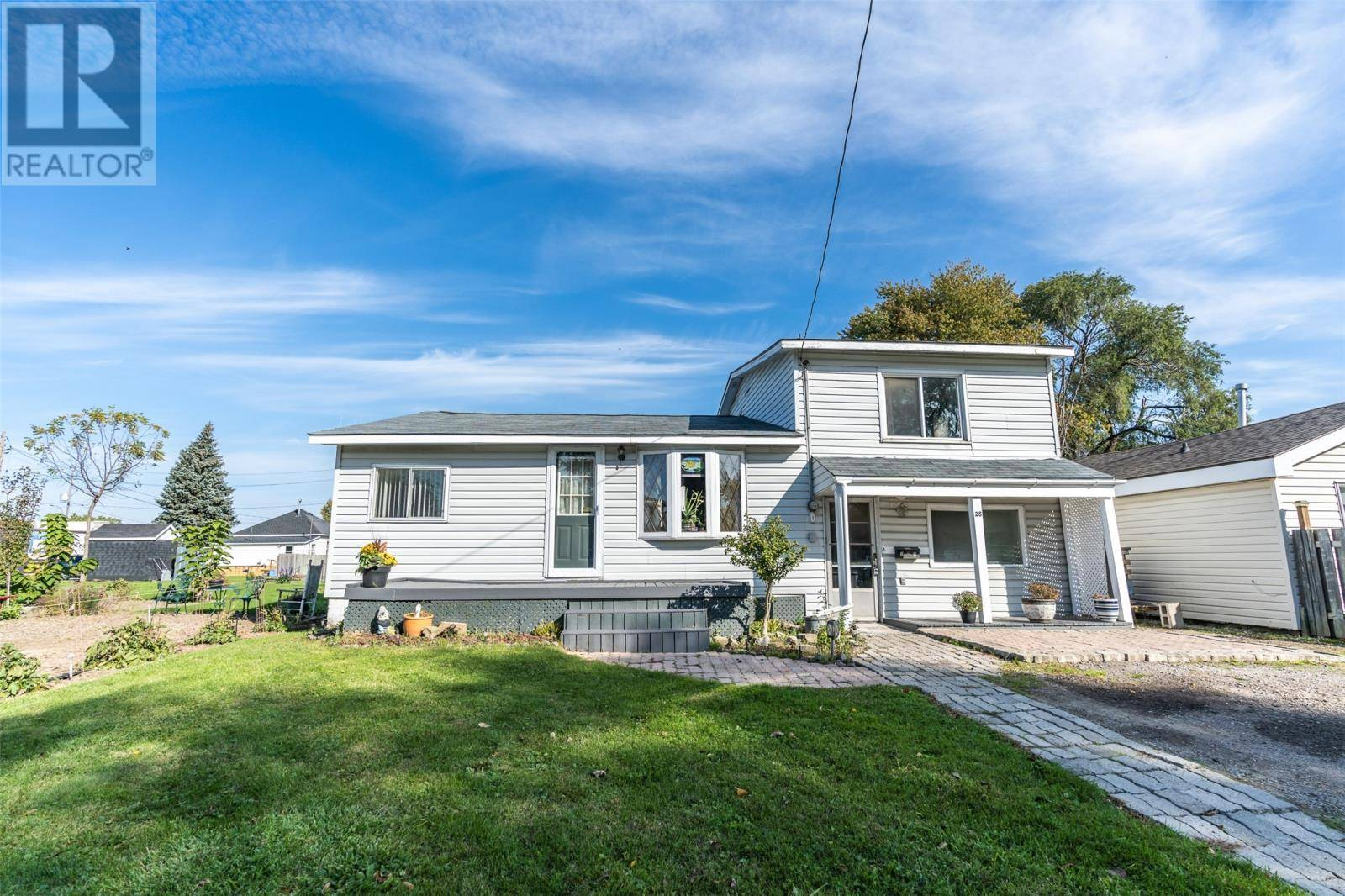 28 Second Street, Wallaceburg | Image 1
