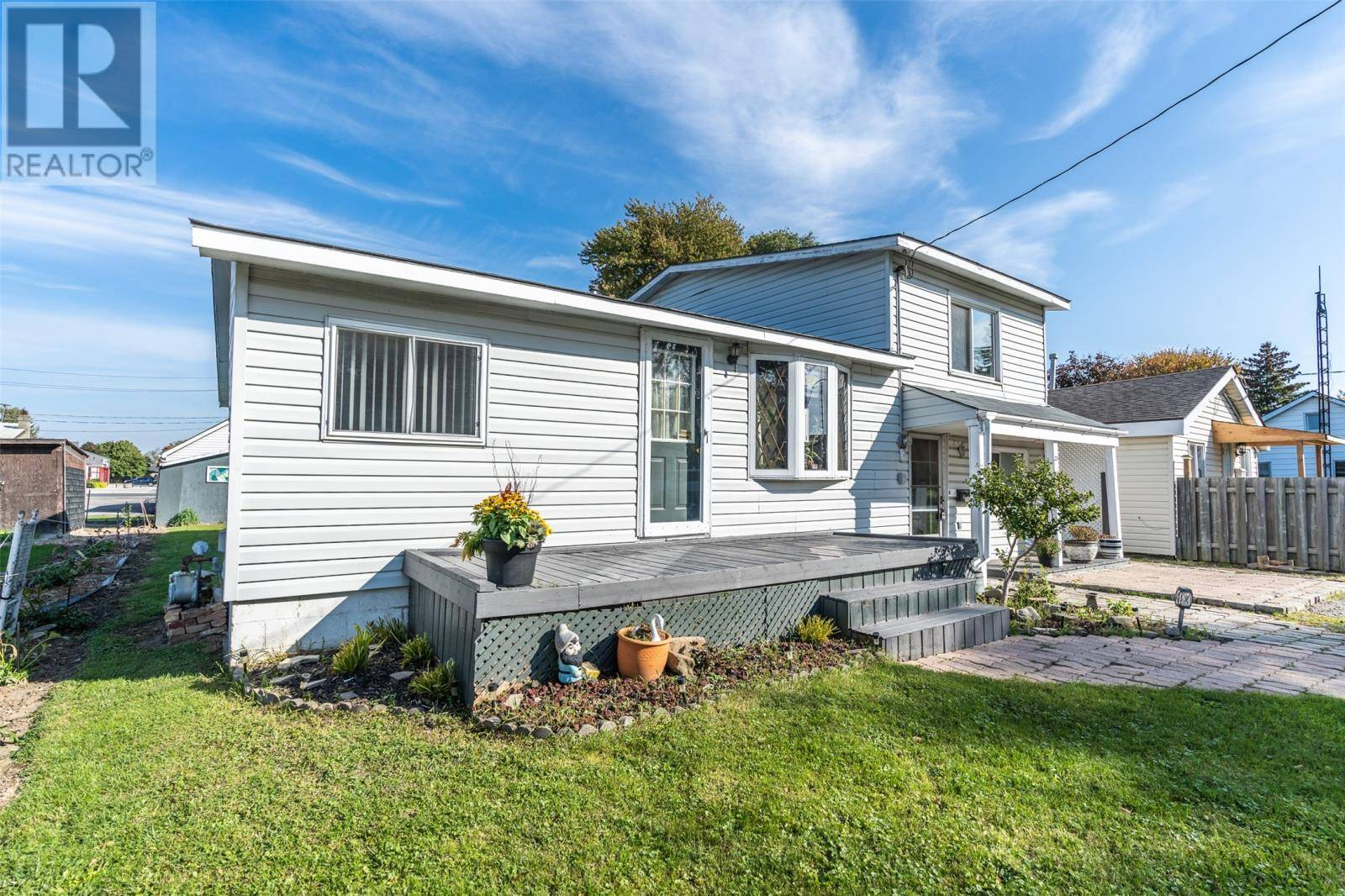 28 Second Street, Wallaceburg | Image 2