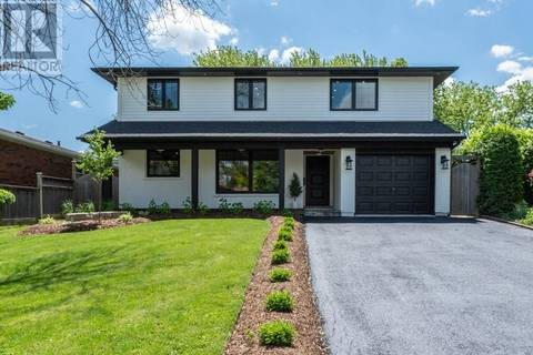 House for sale at 28 Skyline Dr Dundas Ontario - MLS: 30744526