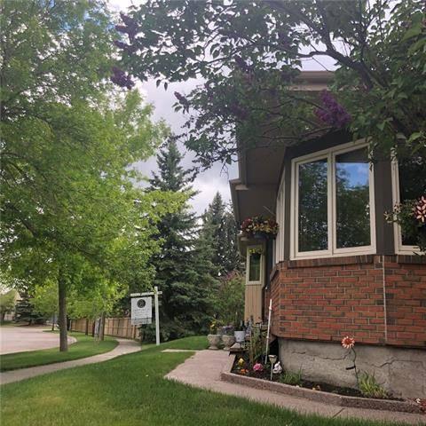 House for sale at 28 Sunmount Garden(s) Southeast Calgary Alberta - MLS: C4224171