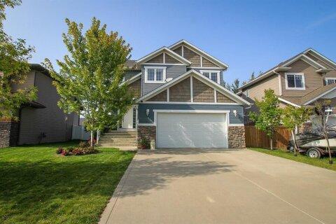 House for sale at 28 Walker Blvd Red Deer Alberta - MLS: A1035086