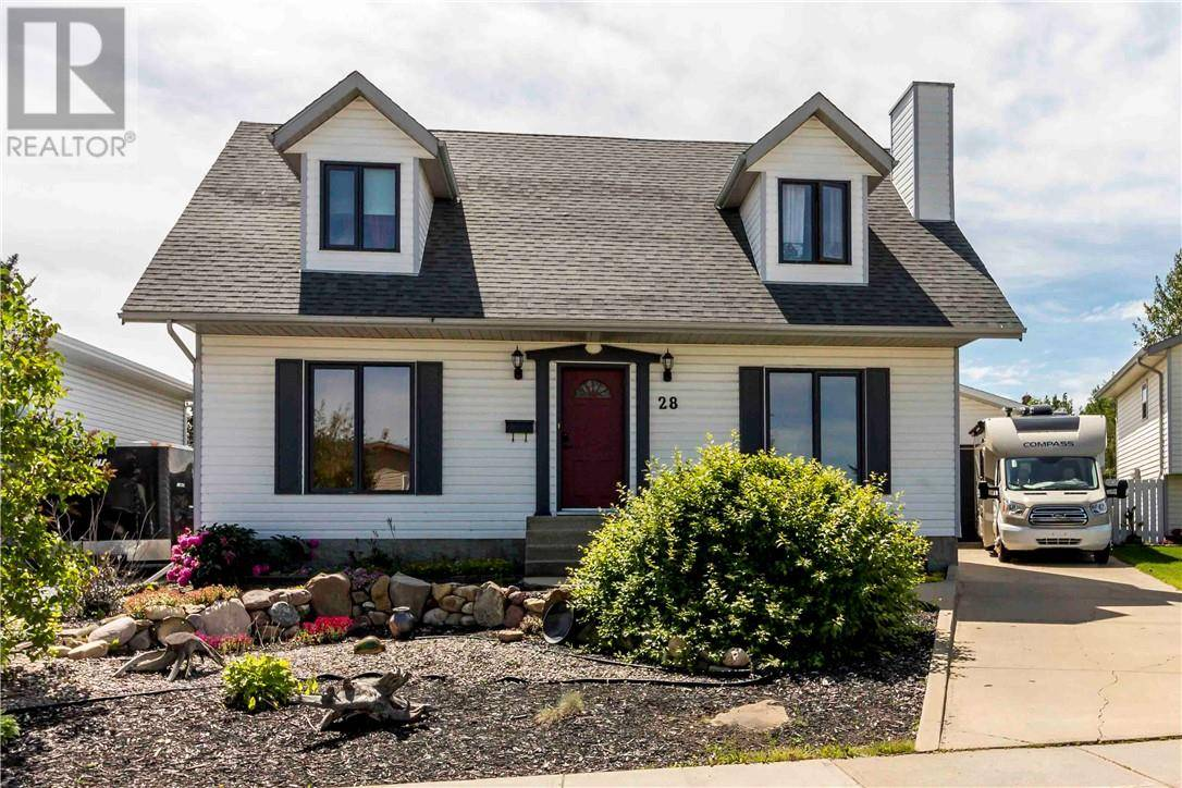 House for sale at 28 White Cap Cs Sylvan Lake Alberta - MLS: ca0174376