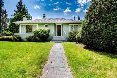 House for sale at 2801 Woodbine Dr North Vancouver British Columbia - MLS: R2466411