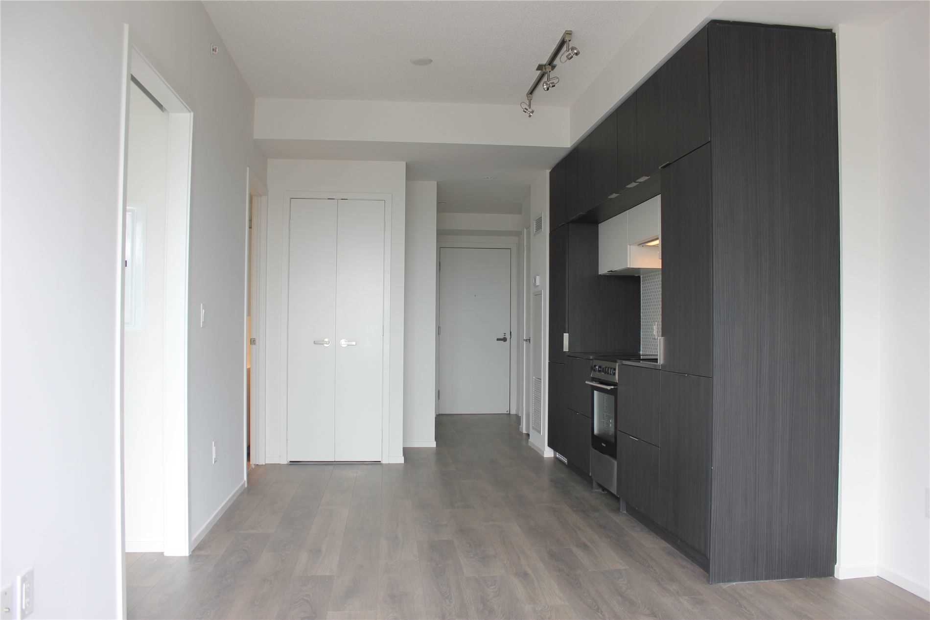 For Rent: 2804 - 159 Dundas Street East, Toronto, ON | 1 Bed, 1 Bath Condo for $1950.00. See 6 photos!