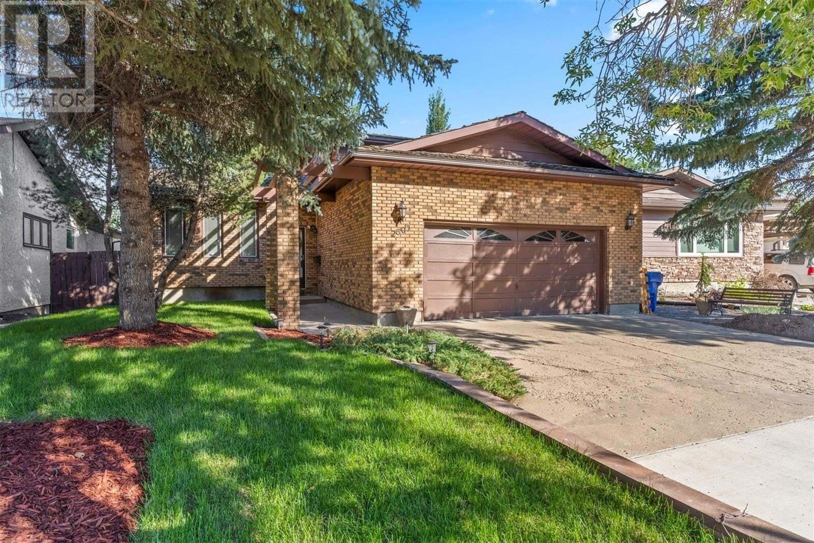 House for sale at 2807 Pepper Dr E Regina Saskatchewan - MLS: SK820831
