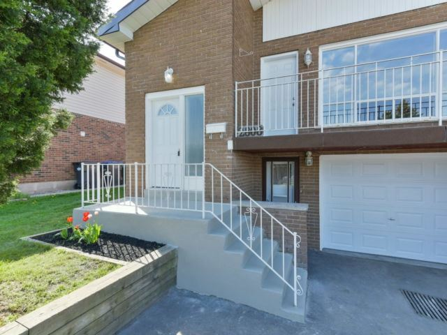 For Sale: 2808 Windjammer Drive, Mississauga, ON | 3 Bed, 2 Bath Townhouse for $699,900. See 19 photos!