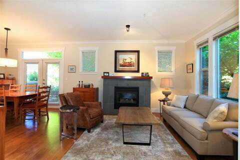 281 Queens Road E, North Vancouver | Image 2