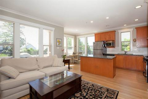 Townhouse for sale at 281 Queens Rd E North Vancouver British Columbia - MLS: R2369747