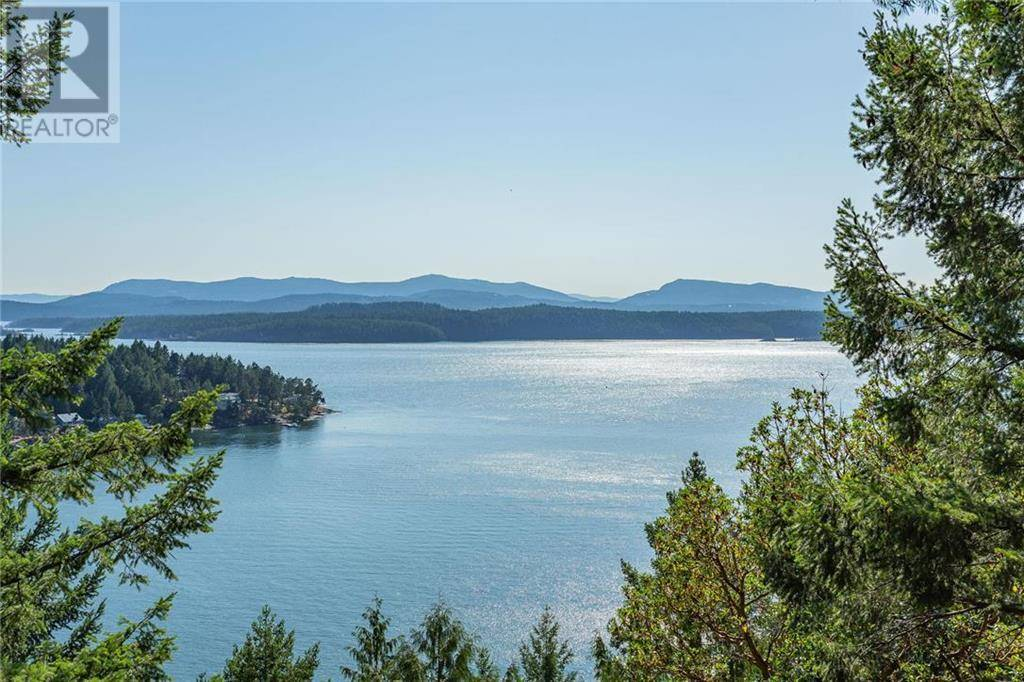 Residential property for sale at 281 Village Bay Rd Mayne Island British Columbia - MLS: 414711