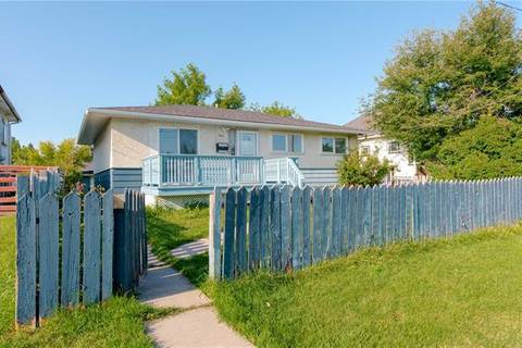 House for sale at 2812 14 Ave Southeast Calgary Alberta - MLS: C4273213