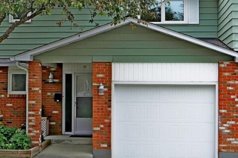 Townhouse for sale at 2815 Palliser Dr SW Calgary Alberta - MLS: A1010981