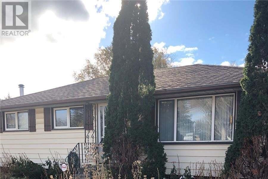 House for sale at 2817 23rd St W Saskatoon Saskatchewan - MLS: SK830827