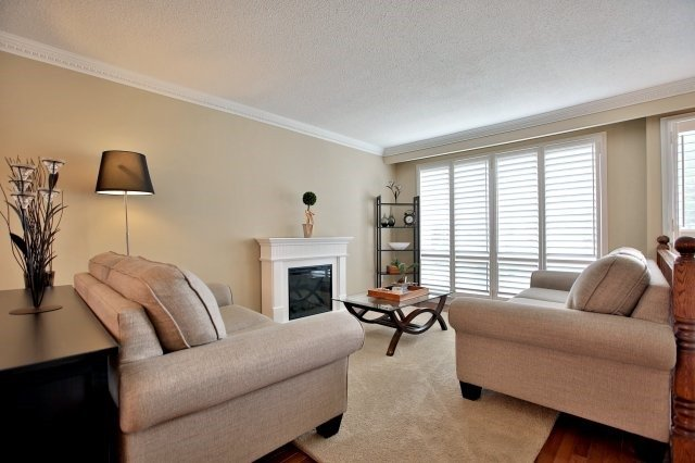 Sold: 2817 Inlake Court, Mississauga, ON