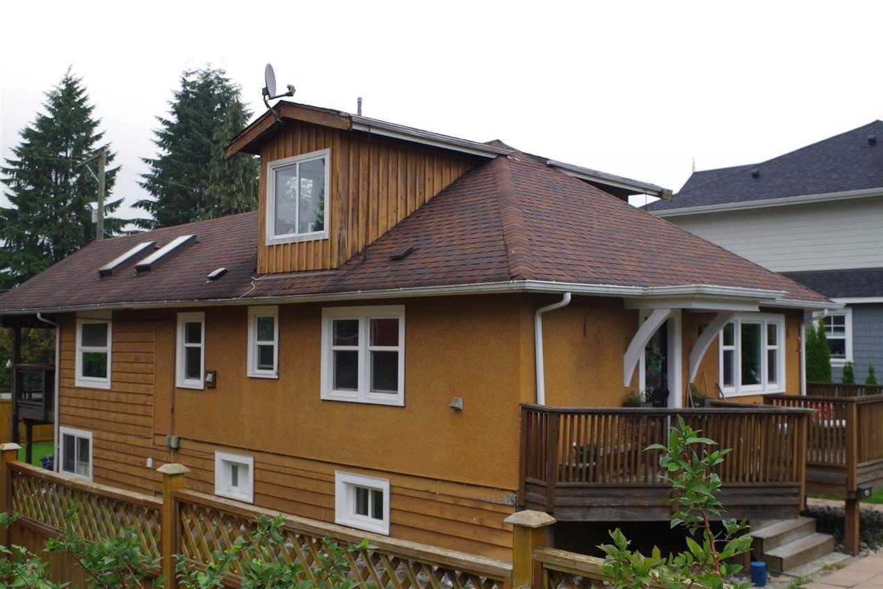 Home for sale at 2818 St George St Port Moody British Columbia - MLS: R2501859