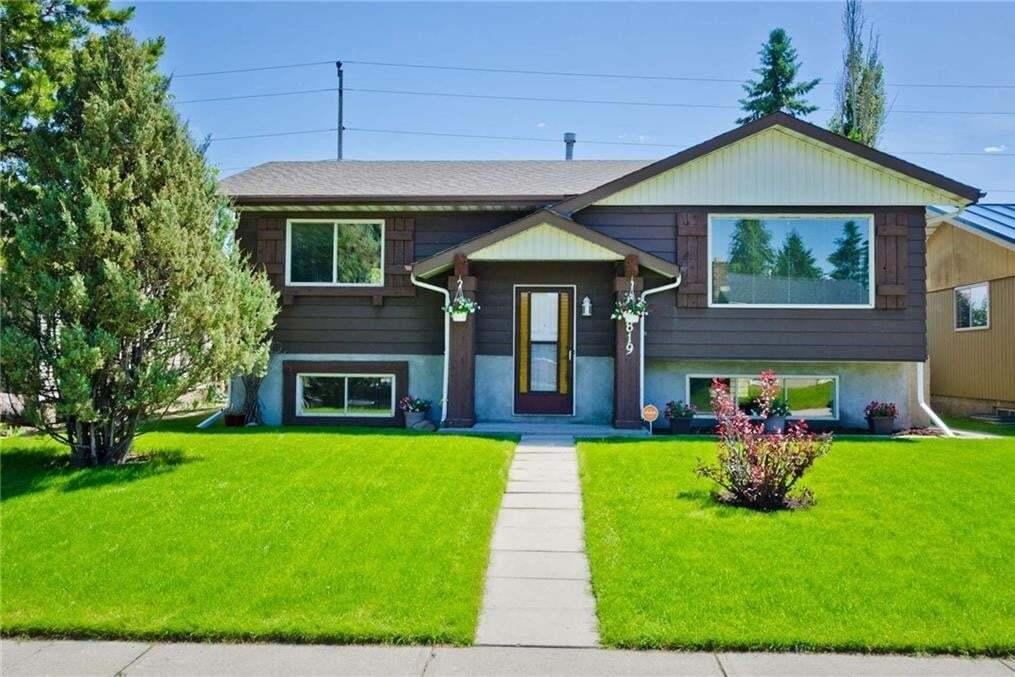 House for sale at 2819 41a Av SE Dover, Calgary Alberta - MLS: C4305152