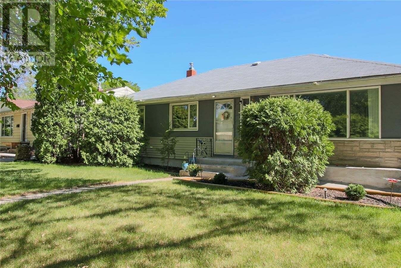 House for sale at 2819 Thornton Ave Regina Saskatchewan - MLS: SK810121