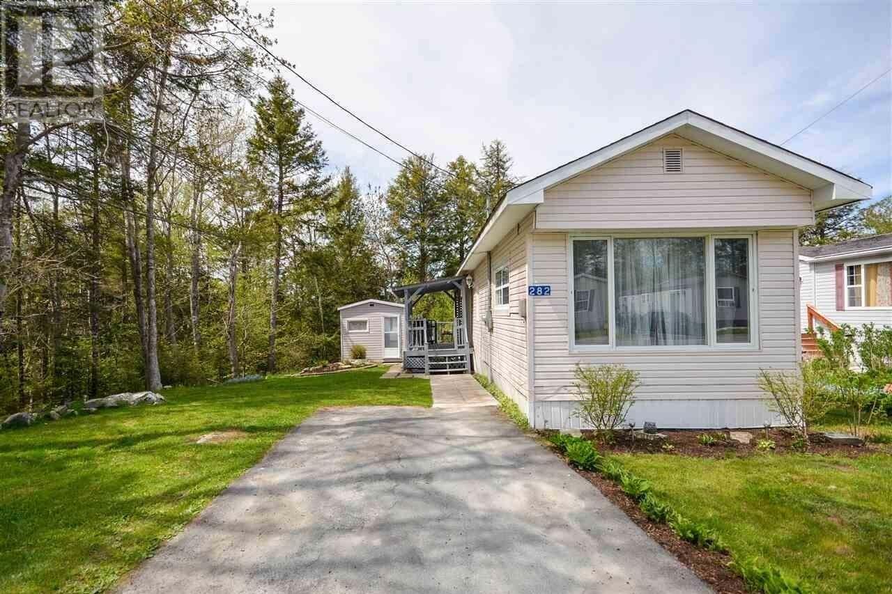 Home for sale at 282 Circle Dr Lake Echo Nova Scotia - MLS: 202008845