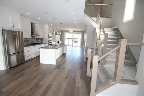 Townhouse for sale at 2820 26 St Southwest Calgary Alberta - MLS: C4243850