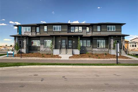 Townhouse for sale at 2820 47 St S Lethbridge Alberta - MLS: LD0171459