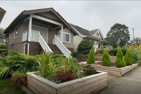 House for sale at 2822 Dundas St Vancouver British Columbia - MLS: R2499556