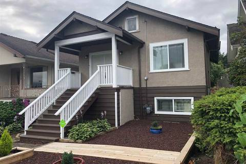 House for sale at 2822 Dundas St Vancouver British Columbia - MLS: R2391105