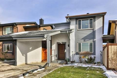 House for sale at 2824 66 St Northeast Calgary Alberta - MLS: C4274785